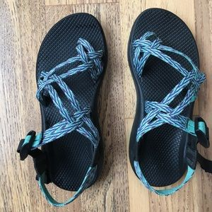 Z2 Women's Chaco Sandals - (non marking sole)